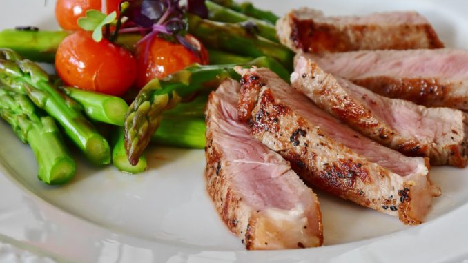 make mealtime easier for cancer patients